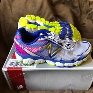 NEW New Balance Running Shoes Size 7.5 narrow